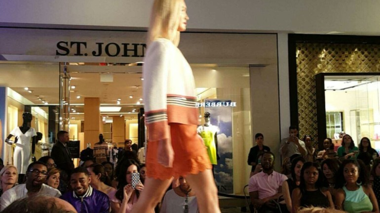 Snapchatting A Fashion Show – Trial and Error Results Here